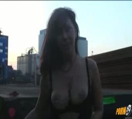 Gangbang auf dem Billardtisch Pornos Gratis - GuteSex